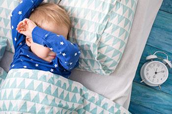Quanto é que os nossos filhos precisam de dormir?